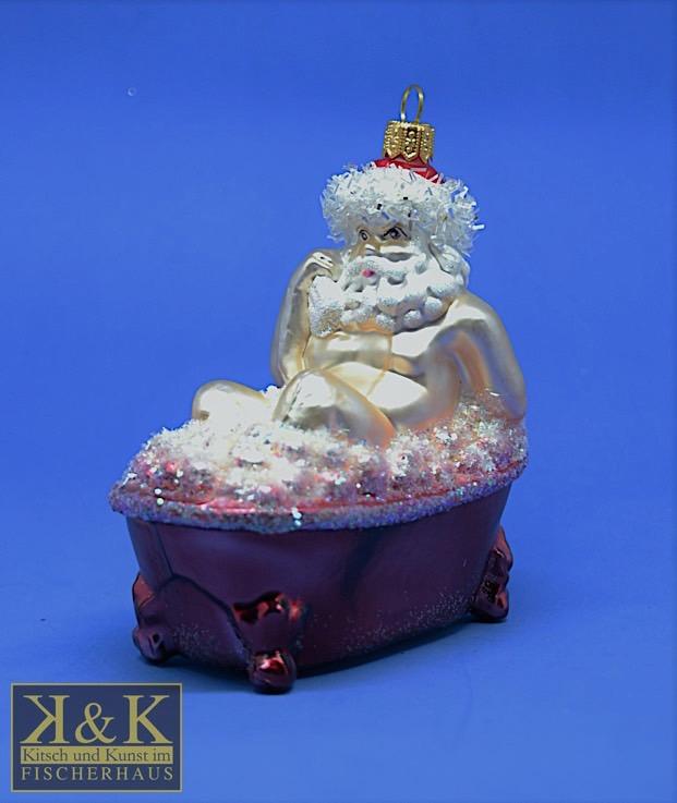 Weihnachtsmann in Badewanne