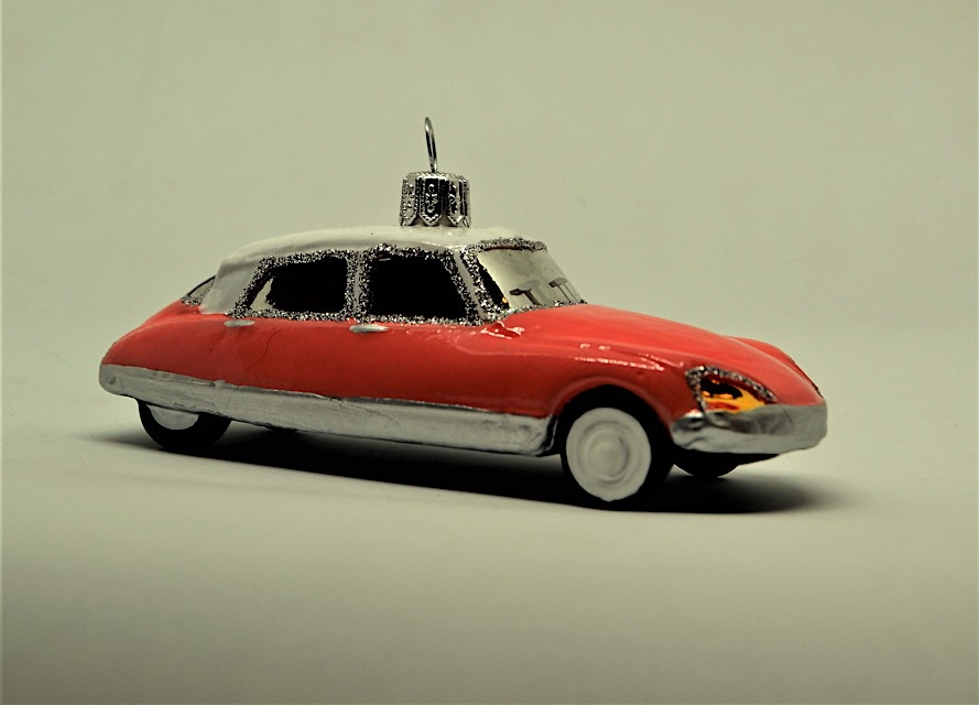Citroen DS orange