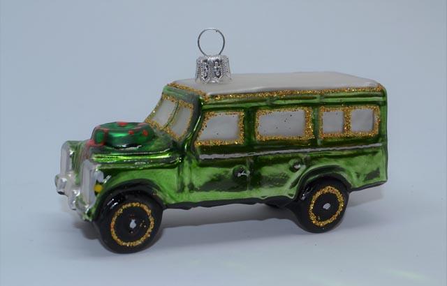 Geländewagen grün